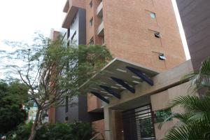 Apartamento En Ventaen Caracas, Campo Alegre, Venezuela, VE RAH: 18-13167