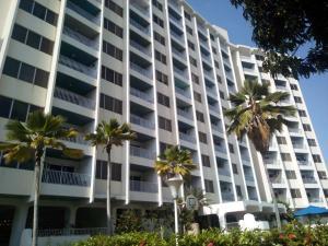 Apartamento En Ventaen Parroquia Caraballeda, Caribe, Venezuela, VE RAH: 18-13185