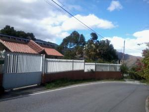 Casa En Ventaen El Junquito-Vargas, El Junko Country Club, Venezuela, VE RAH: 18-13194
