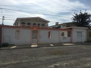 Casa En Ventaen Punto Fijo, Puerta Maraven, Venezuela, VE RAH: 18-13207