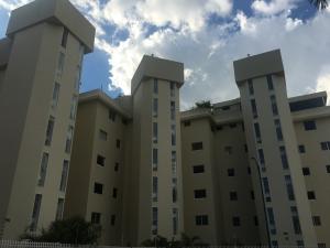 Apartamento En Ventaen Caracas, Colinas De Bello Monte, Venezuela, VE RAH: 18-12382