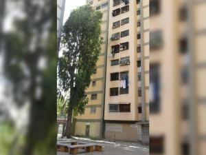 Apartamento En Ventaen Caracas, Caricuao, Venezuela, VE RAH: 18-12147