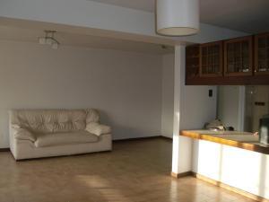 Apartamento En Ventaen Caracas, La Urbina, Venezuela, VE RAH: 18-13833