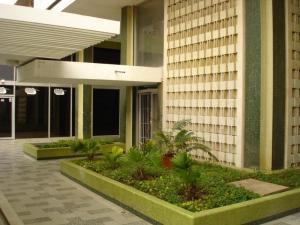 Oficina En Alquileren Maracaibo, Avenida Bella Vista, Venezuela, VE RAH: 18-13402