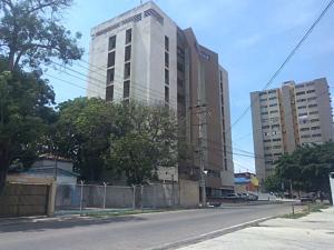 Apartamento En Ventaen Maracaibo, Calle 72, Venezuela, VE RAH: 18-13427