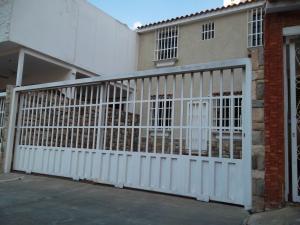 Casa En Ventaen Valencia, Los Mangos, Venezuela, VE RAH: 18-13450
