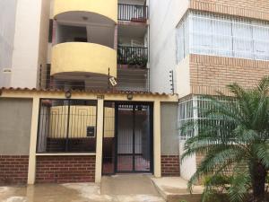 Apartamento En Ventaen Punto Fijo, Las Virtudes, Venezuela, VE RAH: 18-13457