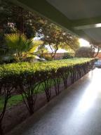 Apartamento En Ventaen Caracas, Parroquia San Jose, Venezuela, VE RAH: 18-14202