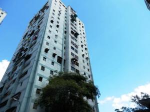 Apartamento En Ventaen Caracas, Caricuao, Venezuela, VE RAH: 18-13479