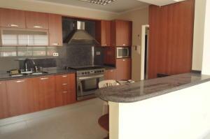 Apartamento En Ventaen Maracaibo, Tierra Negra, Venezuela, VE RAH: 18-13902