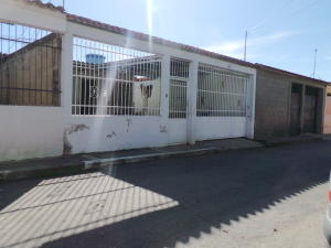 Casa En Ventaen Santa Cruz De Aragua, Los Mangos, Venezuela, VE RAH: 18-13487