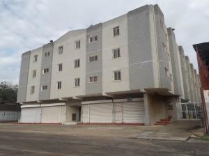 Apartamento En Ventaen Maracaibo, Avenida Delicias Norte, Venezuela, VE RAH: 18-13494