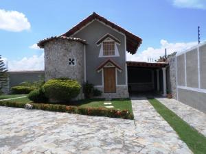 Casa En Ventaen Charallave, Colinas De Betania, Venezuela, VE RAH: 18-13615