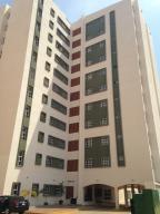 Apartamento En Ventaen Maracaibo, Avenida Goajira, Venezuela, VE RAH: 18-13534