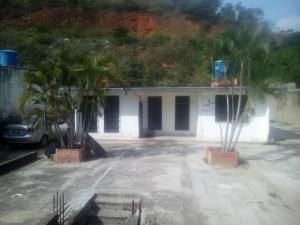 Casa En Ventaen Parroquia Caraballeda, Los Corales, Venezuela, VE RAH: 18-11687