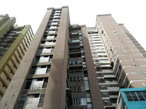 Apartamento En Ventaen Caracas, Parroquia La Candelaria, Venezuela, VE RAH: 18-13601
