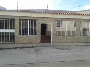 Casa En Ventaen Margarita, Porlamar, Venezuela, VE RAH: 18-13616