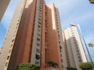Apartamento En Ventaen Maracaibo, Las Mercedes, Venezuela, VE RAH: 18-13617