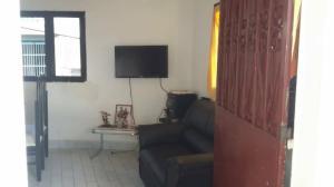 Casa En Ventaen Caracas, Petare, Venezuela, VE RAH: 18-13823