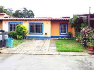 Casa En Ventaen Municipio San Diego, Valle De Oro, Venezuela, VE RAH: 18-14013
