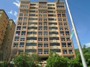 Apartamento En Ventaen Valencia, Lomas Del Este, Venezuela, VE RAH: 18-13837