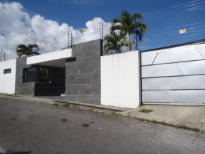 Casa En Ventaen Caracas, La Lagunita Country Club, Venezuela, VE RAH: 18-13969