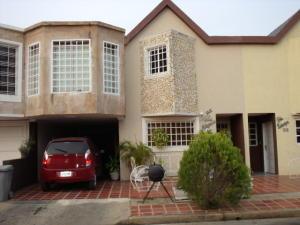 Townhouse En Ventaen Ciudad Ojeda, Tamare, Venezuela, VE RAH: 18-13947