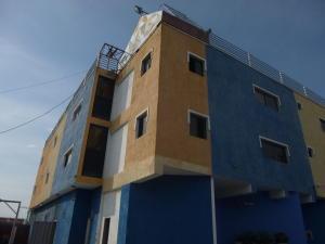 Local Comercial En Ventaen Ciudad Ojeda, La Tropicana, Venezuela, VE RAH: 18-13983