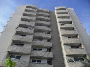 Apartamento En Ventaen Maracaibo, El Milagro Norte, Venezuela, VE RAH: 18-13998