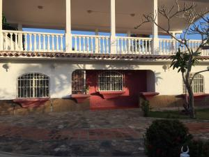 Casa En Ventaen Rio Chico, Las Mercedes De Paparo, Venezuela, VE RAH: 18-14026