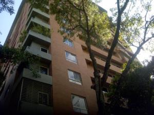 Apartamento En Alquileren Caracas, El Rosal, Venezuela, VE RAH: 18-14027