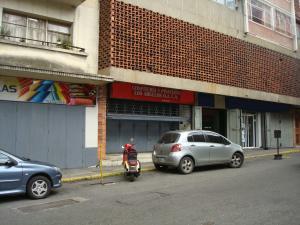 Local Comercial En Ventaen Caracas, Parroquia La Candelaria, Venezuela, VE RAH: 18-14055