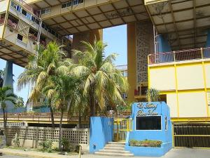 Apartamento En Ventaen Lecheria, Complejo Turistico El Morro, Venezuela, VE RAH: 18-14157