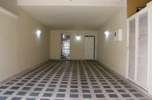 Casa En Ventaen Caracas, Alto Prado, Venezuela, VE RAH: 18-14130