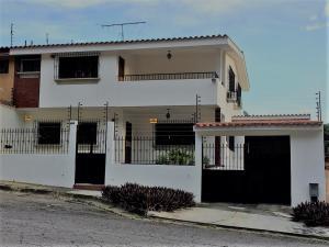 Casa En Ventaen Valencia, Lomas Del Este, Venezuela, VE RAH: 18-14199