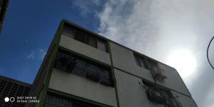 Apartamento En Ventaen Municipio San Diego, Monteserino, Venezuela, VE RAH: 18-14225