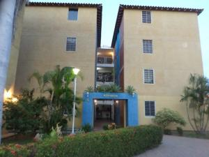 Apartamento En Ventaen Barcelona, Nueva Barcelona, Venezuela, VE RAH: 18-14319