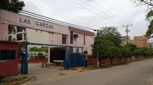 Apartamento En Ventaen Higuerote, Agua Sal, Venezuela, VE RAH: 18-14390