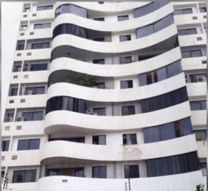 Apartamento En Ventaen Valencia, Los Mangos, Venezuela, VE RAH: 18-14846