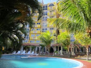 Apartamento En Ventaen Margarita, El Morro, Venezuela, VE RAH: 18-14413