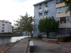 Apartamento En Ventaen Lecheria, Complejo Turistico El Morro, Venezuela, VE RAH: 18-14432