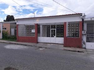 Casa En Ventaen Cabudare, Parroquia Agua Viva, Venezuela, VE RAH: 18-14517