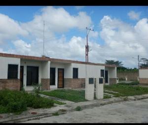 Casa En Ventaen Tacarigua, Tacarigua, Venezuela, VE RAH: 18-14508