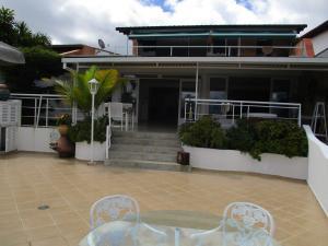 Casa En Ventaen Caracas, Los Naranjos Del Cafetal, Venezuela, VE RAH: 18-14709