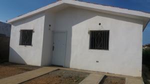 Casa En Ventaen Punto Fijo, Guanadito, Venezuela, VE RAH: 18-15609