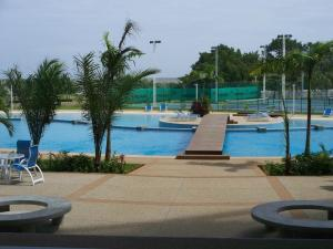 Apartamento En Ventaen Higuerote, Agua Sal, Venezuela, VE RAH: 18-14733