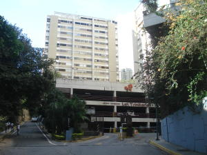 Apartamento En Ventaen Caracas, Santa Fe Norte, Venezuela, VE RAH: 18-15103
