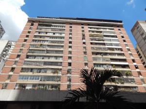 Apartamento En Ventaen Caracas, Parroquia La Candelaria, Venezuela, VE RAH: 18-15239