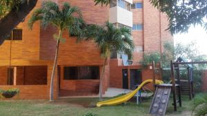 Apartamento En Ventaen Maracaibo, Las Mercedes, Venezuela, VE RAH: 18-15058