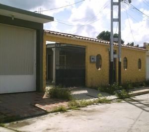 Casa En Ventaen Cagua, Corinsa, Venezuela, VE RAH: 18-14922